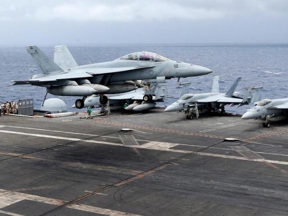 Mỹ đưa cụm tác chiến tàu sân bay Ronald Reagan vào Biển Đông - ảnh 2