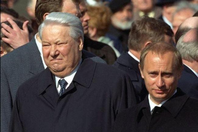 Báo Châu Âu viết về 20 năm Putin: Công lao to lớn không thể phủ nhận, trọng trách lịch sử đặt nặng trên vai - Ảnh 1.