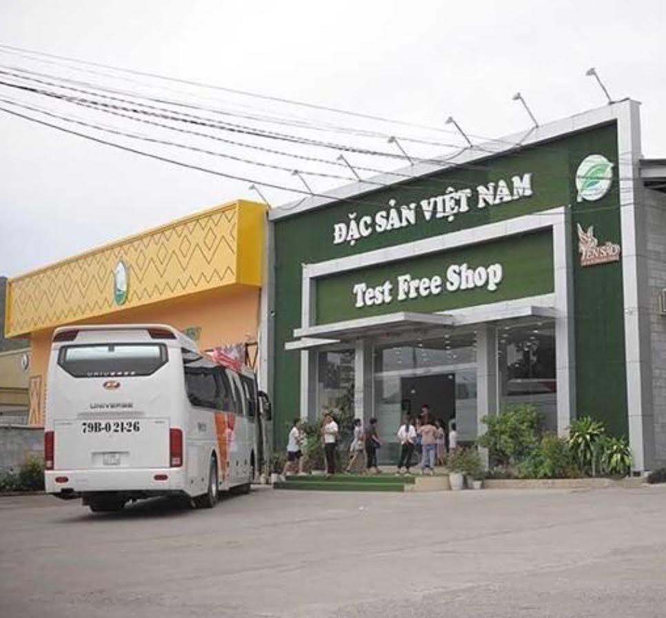 Khánh Hòa quyết dỡ hàng chục showroom phục vụ khách Trung Quốc trái phép