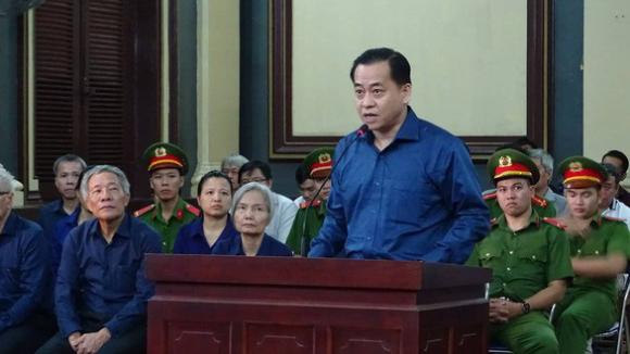 Thu 5 khẩu súng, 18 viên đạn trong nhà cựu chủ tịch Đà Nẵng Trần Văn Minh - Ảnh 2.