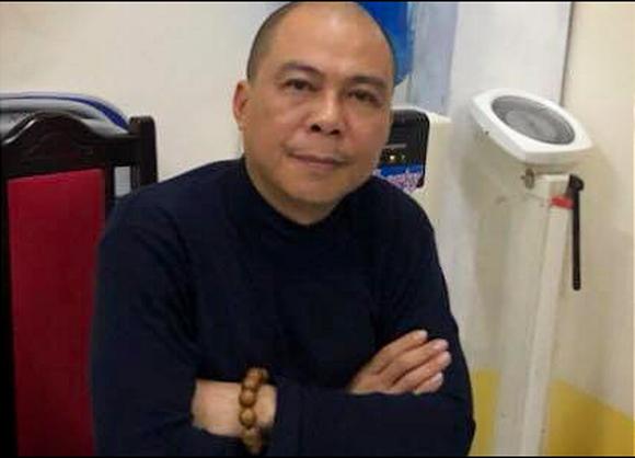 3 triệu USD xếp đầy 2 vali, 1 balô được ông Nguyễn Bắc Son để ngoài bancông - Ảnh 2.
