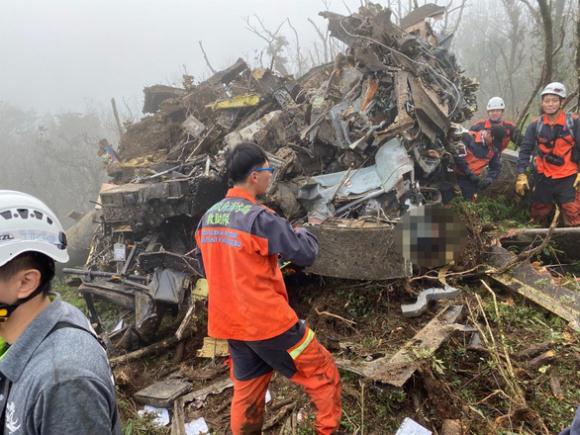 Tổng tham mưu trưởng quân đội Đài Loan thiệt mạng do tai nạn máy bay - Ảnh 1.