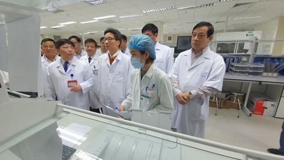 1 trong 2 bệnh nhân viêm phổi Vũ Hán ở Chợ Rẫy đã hết bệnh - Ảnh 1.