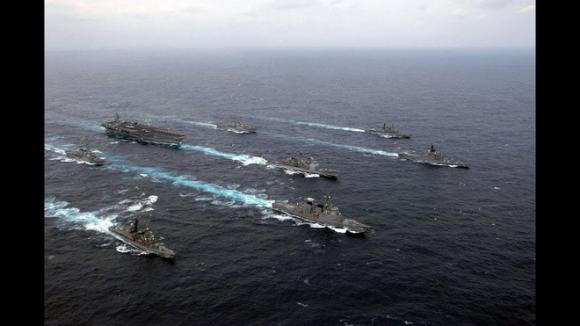 Lực lượng Mỹ, Anh và 8 nước châu Âu rầm rập áp sát Iran - Hàn Quốc cũng tham chiến - Ảnh 2.
