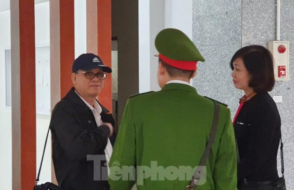 Đề nghị triệu tập Chủ tịch Đà Nẵng Huỳnh Đức Thơ tới phiên xử Vũ 'nhôm' - ảnh 1