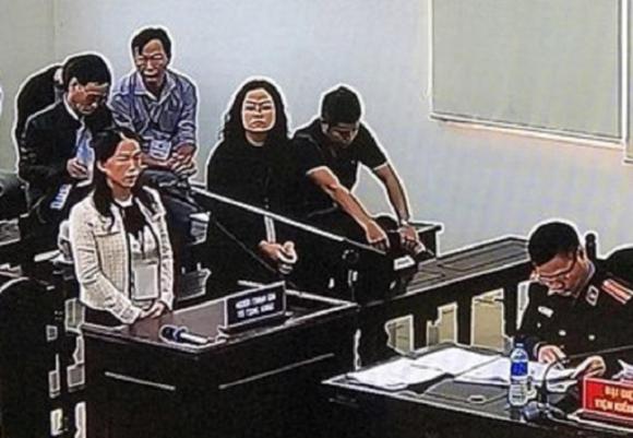 Vợ Phan Văn Anh Vũ nói gì về số nhà đất bị kê biên?