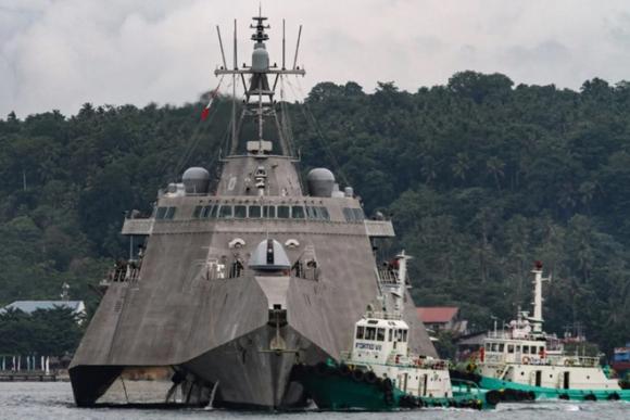 Tàu cảnh sát biển Trung Quốc lộng hành ở Biển Đông - ảnh 1