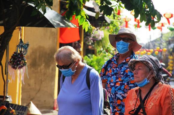 Hội An sẽ xử lý nghiêm hành vi kỳ thị khách Trung Quốc thời dịch virus Corona - ảnh 1