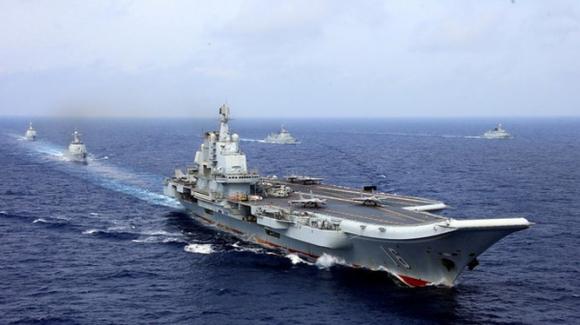 Cụm tác chiến tàu sân bay Liêu Ninh được coi là lực lượng quan trọng trong việc đánh chiếm Đài Loan (Ảnh: Reuters).
