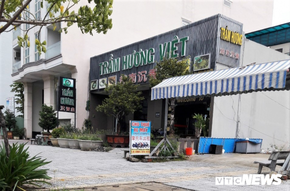 Can canh 'pho nguoi Hoa' sat San bay Nuoc Man Da Nang hinh anh 6