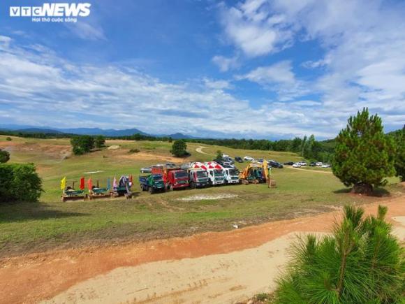 Nhiều lãnh đạo đi dự lễ khởi công dự án sân golf 'chui' ở Thừa Thiên - Huế - 5