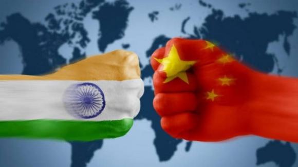 Làm trung gian hòa giải Trung - Ấn, vì sao Nga tăng cường bán vũ khí cho Ấn Độ? - ảnh 3