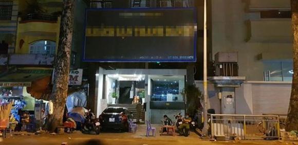 TP.HCM: Phun thuốc khử trùng một khách sạn đối diện Bệnh viện Chợ Rẫy - ảnh 1