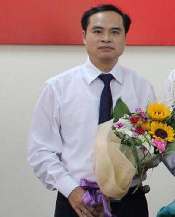 Bắt tạm giam cựu thứ trưởng Bộ GTVT Nguyễn Hồng Trường - Ảnh 2.