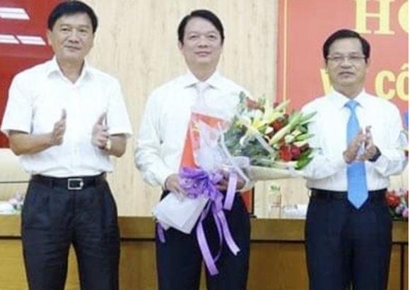 Ông Phạm Thanh Tùng lúc được bổ nhiệm giữ chức Trưởng ban Tổ chức Tỉnh ủy Quảng Ngãi. Ảnh: CX