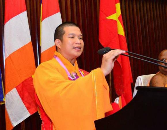 Trụ trì chùa Phước Quang phải hoàn tục vì bị tố lừa đảo số tiền lớn - Ảnh 1.