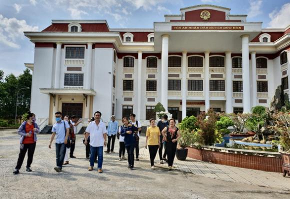 Đại học Tân Tạo lại thua kiện, phải trả học phí thu vượt cho sinh viên - Ảnh 1.