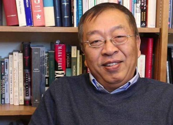 """Xôn xao vụ học giả người Hoa, cố vấn của Ngoại trưởng Mỹ bị coi là """"Hán gian"""" và đuổi khỏi họ tộc - ảnh 3"""