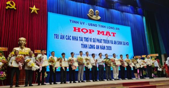 Nguyên Chủ tịch nước Trương Tấn Sang vận động hơn 600 tỉ đồng cho Long An - ảnh 2