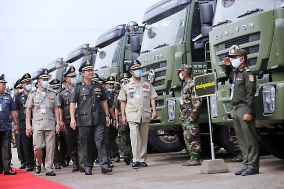 Campuchia liên tục tiếp nhận khí tài quân sự từ Trung Quốc - ảnh 1