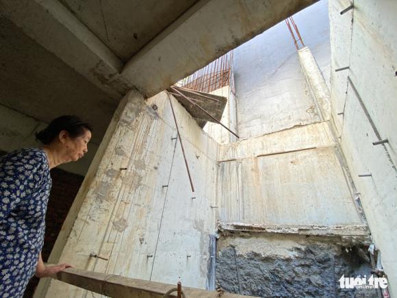Vô trong nhà 5 tầng nổi, 4 tầng hầm: Hầm rộng mênh mông, tối om, sâu hun hút... - Ảnh 8.