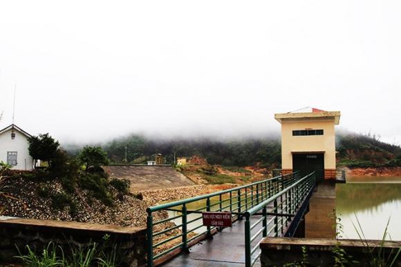Lo ngại mất rừng, Khánh Hòa 'gạch tên' 4 dự án thủy điện - ảnh 1