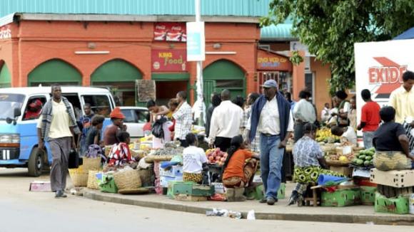 Các nước châu Phi đồng loạt xin khoanh nợ, Trung Quốc lao đao