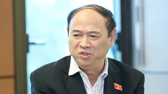 Phó chủ nhiệm Ủy ban Tài chính Ngân sách của Quốc hội Bùi Đặng Dũng phát biểu tại tổ ngày 2.11 /// Ảnh Ngọc Thắng