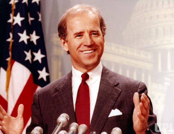 Chân dung ứng viên Tổng thống Mỹ Joe Biden: Chuyện đời thăng trầm của cậu bé nói lắp đến chính trị gia nghèo từng định bán nhà để chữa ung thư cho con - Ảnh 2.