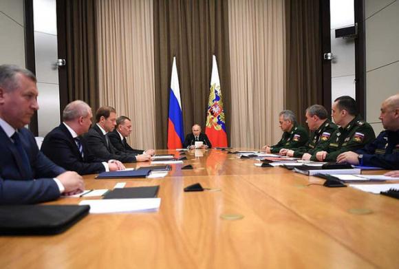 Tổng thống Putin hé lộ cách Quân đội Nga chuẩn bị cho Ngày tận thế - Ảnh 1.
