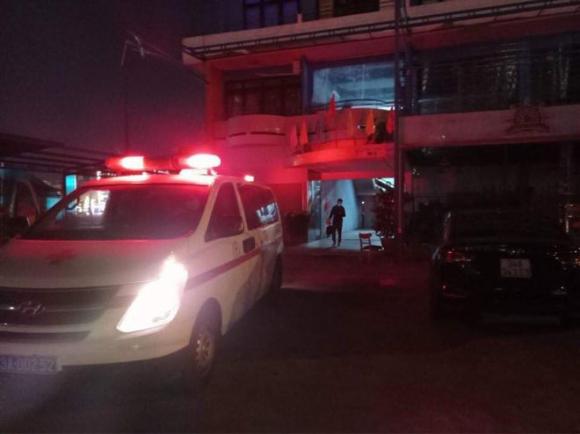 CDC Đà Nẵng đưa nam công nhân quê Hải Dương đi cách ly tập trung trong đêm /// HUY ĐẠT
