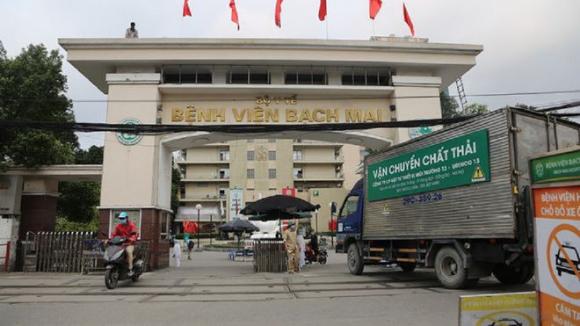 Đã có ít nhất 4 người là cán bộ, lãnh đạo Bệnh viện Bạch Mai bị khởi tố liên quan vụ  nâng khống giá thiết bị y tế /// Ảnh Đình Trường