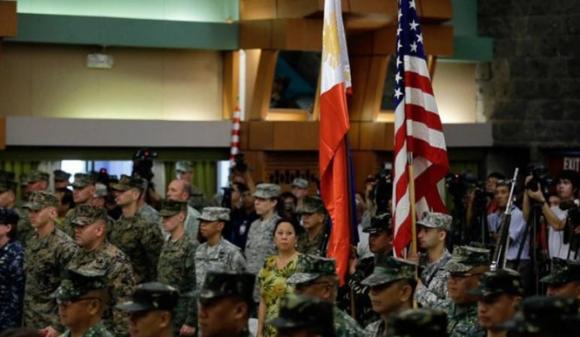"""""""Tống tiền"""" Mỹ 16 tỉ USD: Philippines đang nghiêng về Trung Quốc? ảnh 2"""