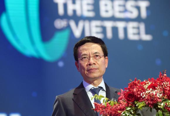 Chu_tich_Viettel_Nguyen_Manh_Hung_2