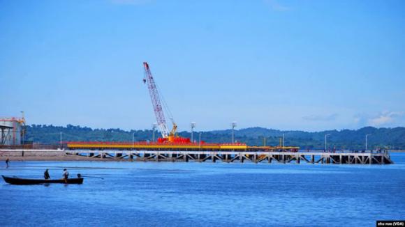 Vụ chính biến Myanmar hé lộ điểm yếu chí mạng trong dự án Vành đai, Con đường của Trung Quốc - Ảnh 2.