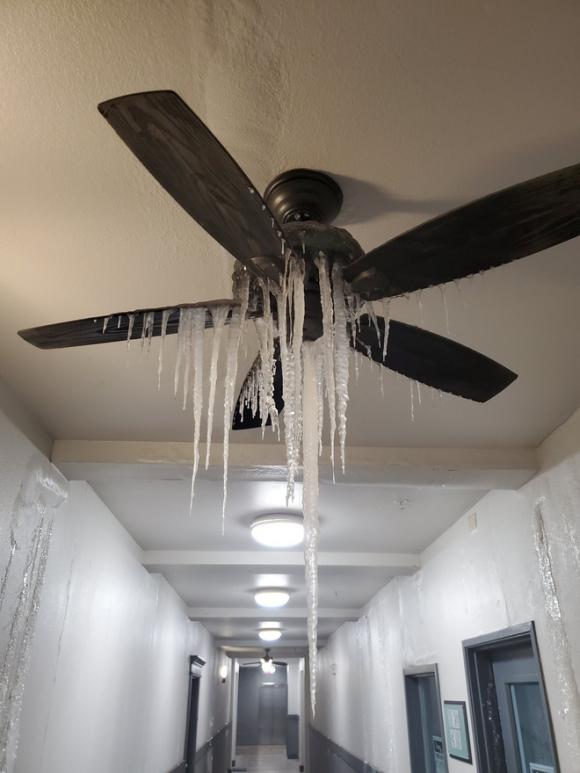 TBT Hoàn Cầu bình luận về thảm cảnh lạnh giá ở Mỹ: Trung Quốc sai vì đánh giá Mỹ quá cao - Ảnh 3.