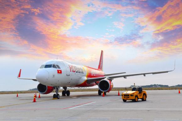 """Nỗi buồn của """"anh cả"""": Vietnam Airlines lỗ hơn 11.000 tỷ, Vietjet và Bamboo Airways khoe lãi - Ảnh 1."""