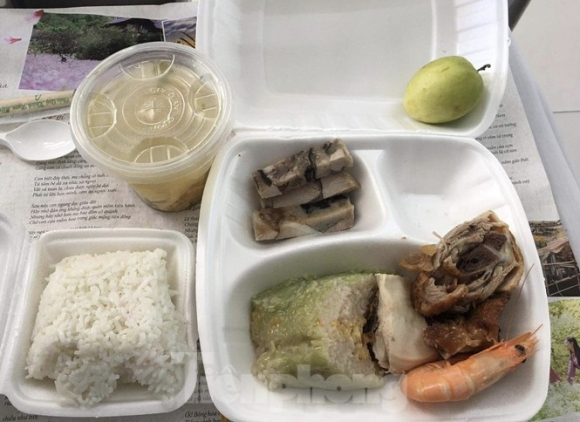 Tỉnh Quảng Ninh nói gì về việc người cách ly phản ánh bị 'cắt xén' bữa ăn? - ảnh 4