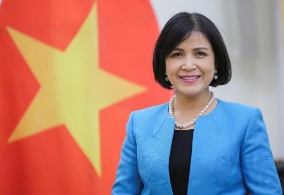 Đại sứ Lê Thị Tuyết Mai.