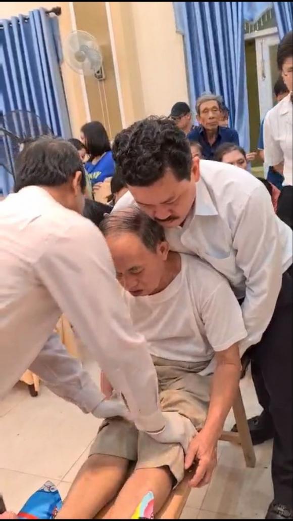 Nhiều cán bộ y tế cũng nhờ ông Võ Hoàng Yên chữa bệnh cho người thân - ảnh 1