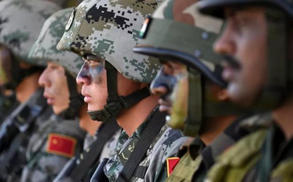 Chấp nhận cùng rút quân: Trung Quốc thất bại kép trước đối ᴛнủ lớn nhất ở châu Á?