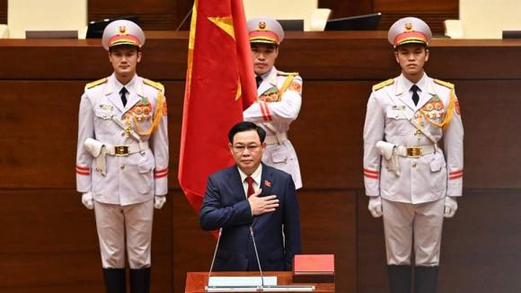 Tân Chủ tịch Quốc hội Vương Đình Huệ tuyên thệ /// Ảnh Gia Hân