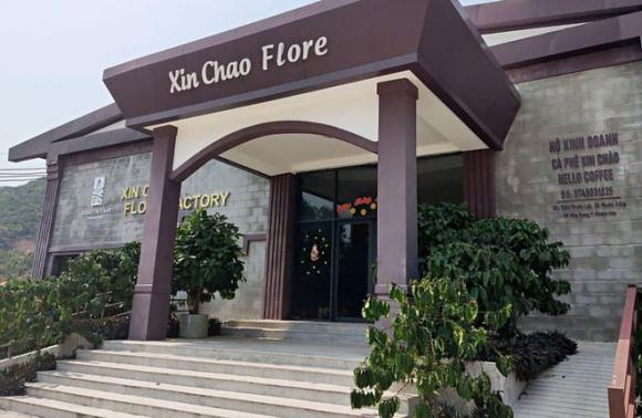Một cửa hàng chuyên phục vụ khách Trung Quốc xây dựng vi phạm tại xã Phước Đồng, TP.Nha Trang /// ẢNH: ANH NHÂN
