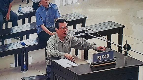 Bị đề nghị 11 năm tù, cựu Bộ trưởng Vũ Huy Hoàng: Tôi lo không còn thời gian thụ án - Ảnh 2.