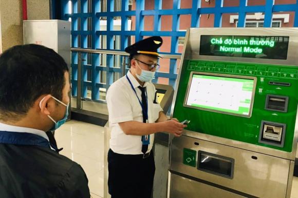 Hệ thống bán vé của tuyến đường sắt đô thị Cát Linh - Hà Đông. Ảnh: Đ.T