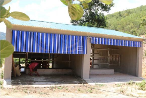 Vụ xây chuồng bò gần 13 tỷ đồng: Khởi tố Nguyên Trưởng ban Dân tộc tỉnh Nghệ An - Ảnh 2.