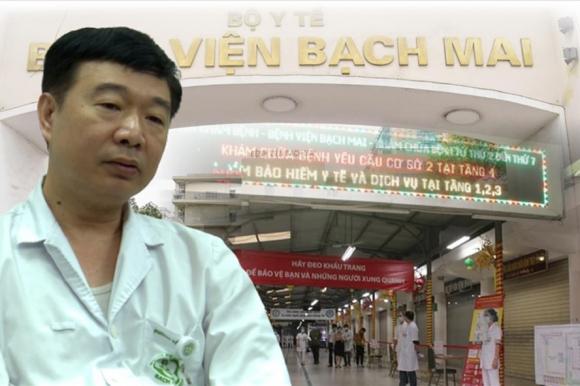 BS Đỗ Văn Thành - Trưởng phòng Tổ chức cán bộ - Bệnh viện Bạch Mai trao đổi cùng PV Báo Lao Động.