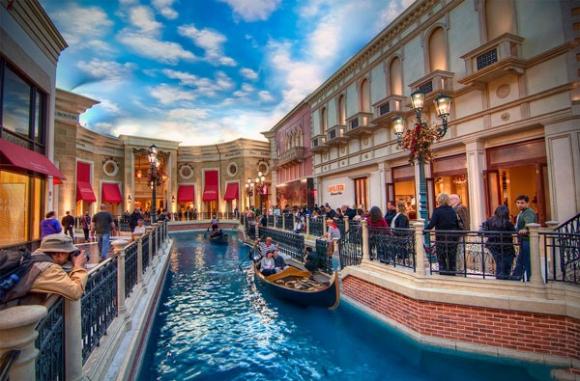 Maucau - khu tích hợp khách sạn, casino...mang phong cách Venice của Ý