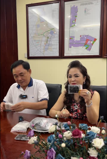 Bà Nguyễn Phương Hằng: Ông Võ Hoàng Yên từng xui chuyển hết tài sản để lỡ tôi có chuyện gì thì ông ấy bán đi để nuôi con tôi - Ảnh 1.
