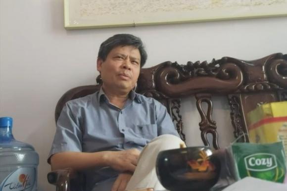 Giám đốc Trung tâm cấp cứu 115 Thái Bình trao đổi với PV. Ảnh T.D